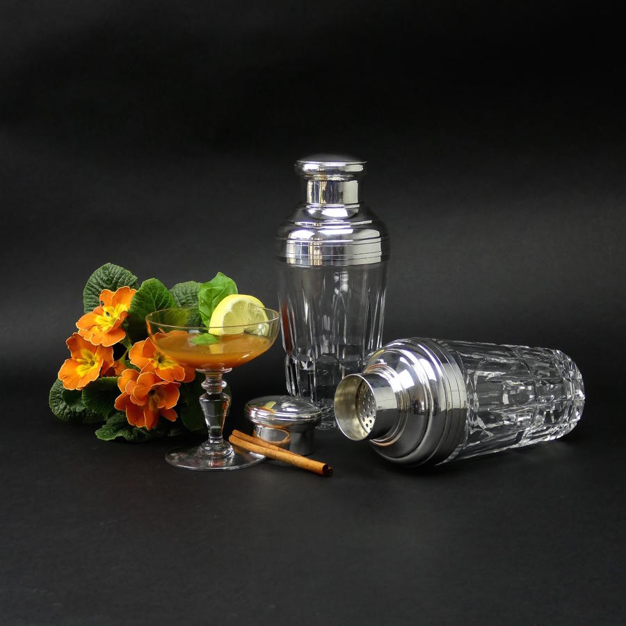 Serving & Decorative Glassware