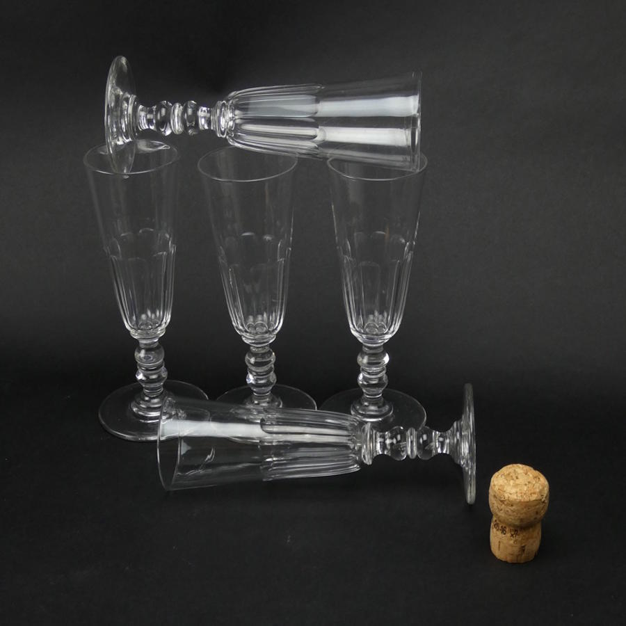 5 Crystal Champagne Flutes
