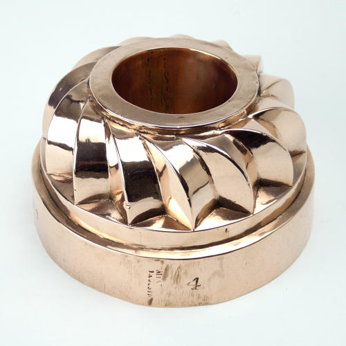 Fancy Border Ring Mould