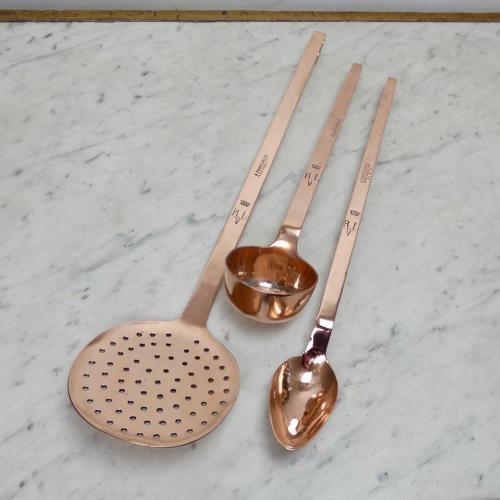 Crested kitchen utensils.