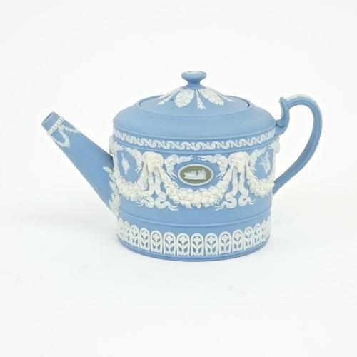 Three colour jasper teapot.