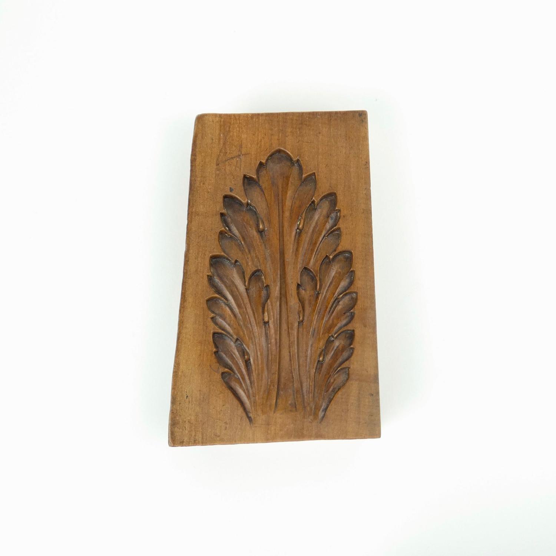 Acanthus leaf mould