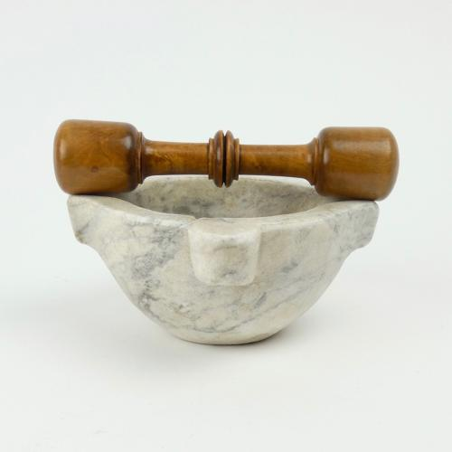 Small marble mortar & boxwood pestle