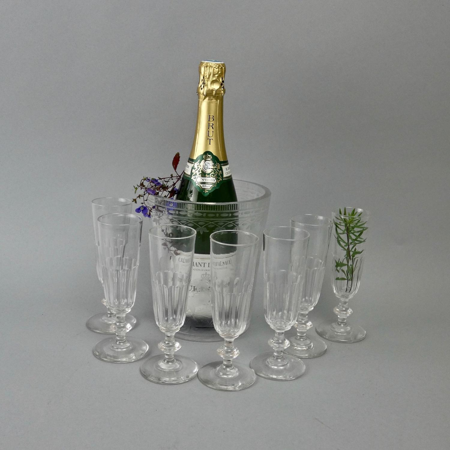 7 crystal champagne flutes