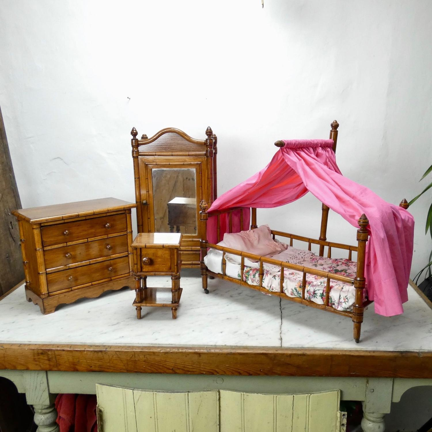 Doll's bedroom furniture