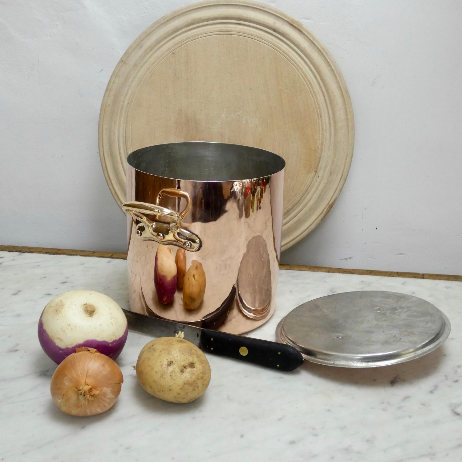 Small French stockpot