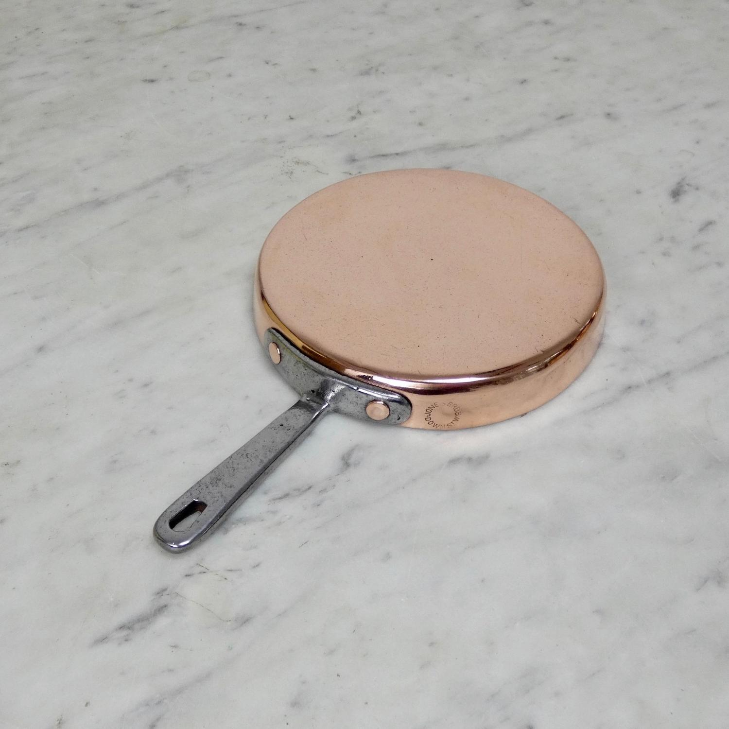Shallow English copper saute pan