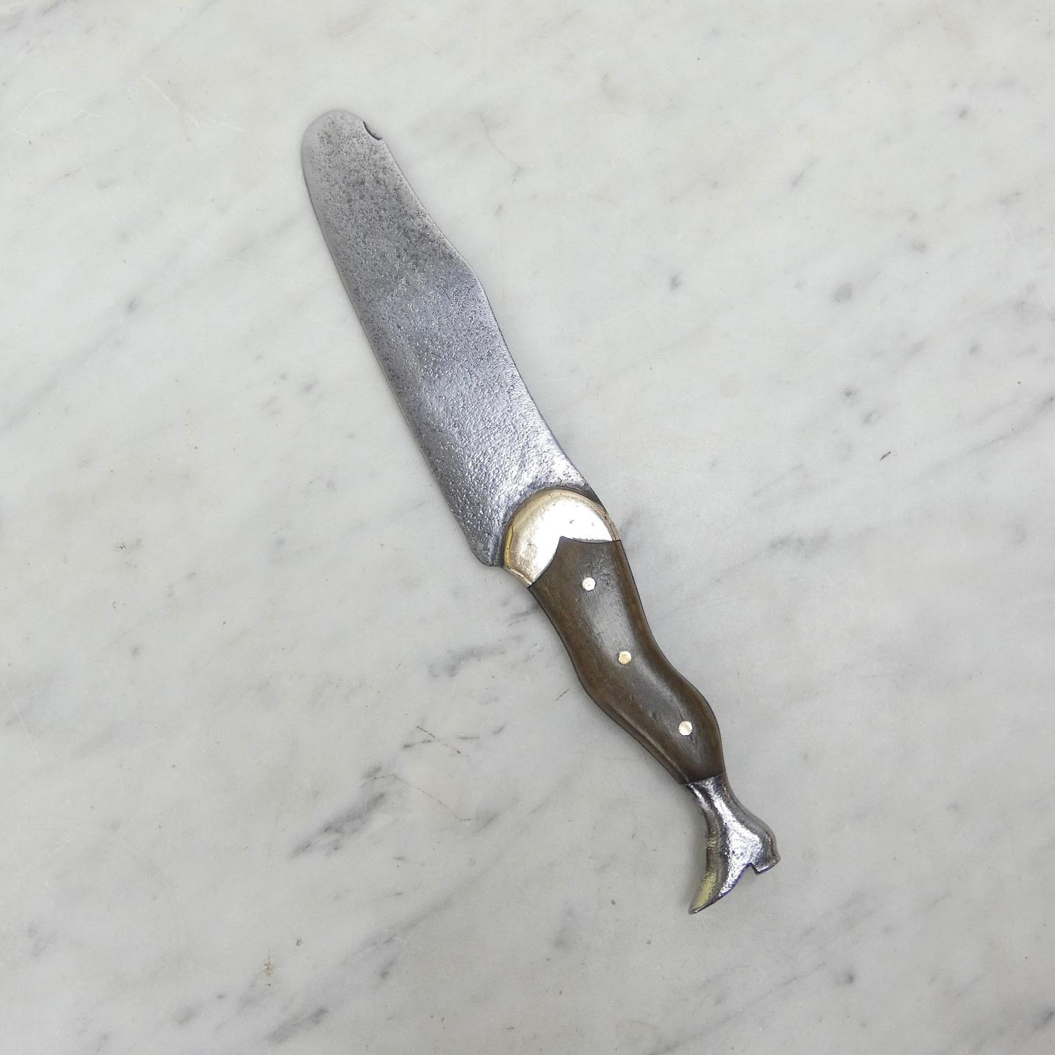 Leg shaped knife