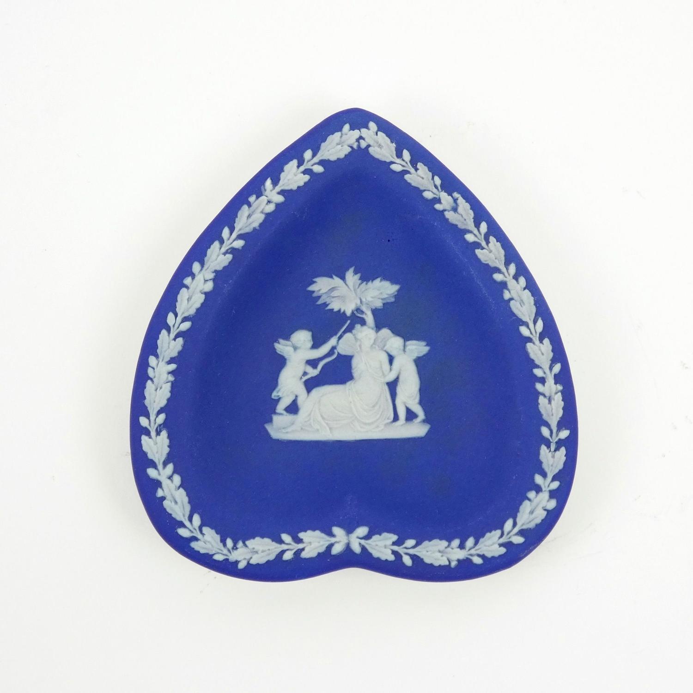 Heart shaped pin tray