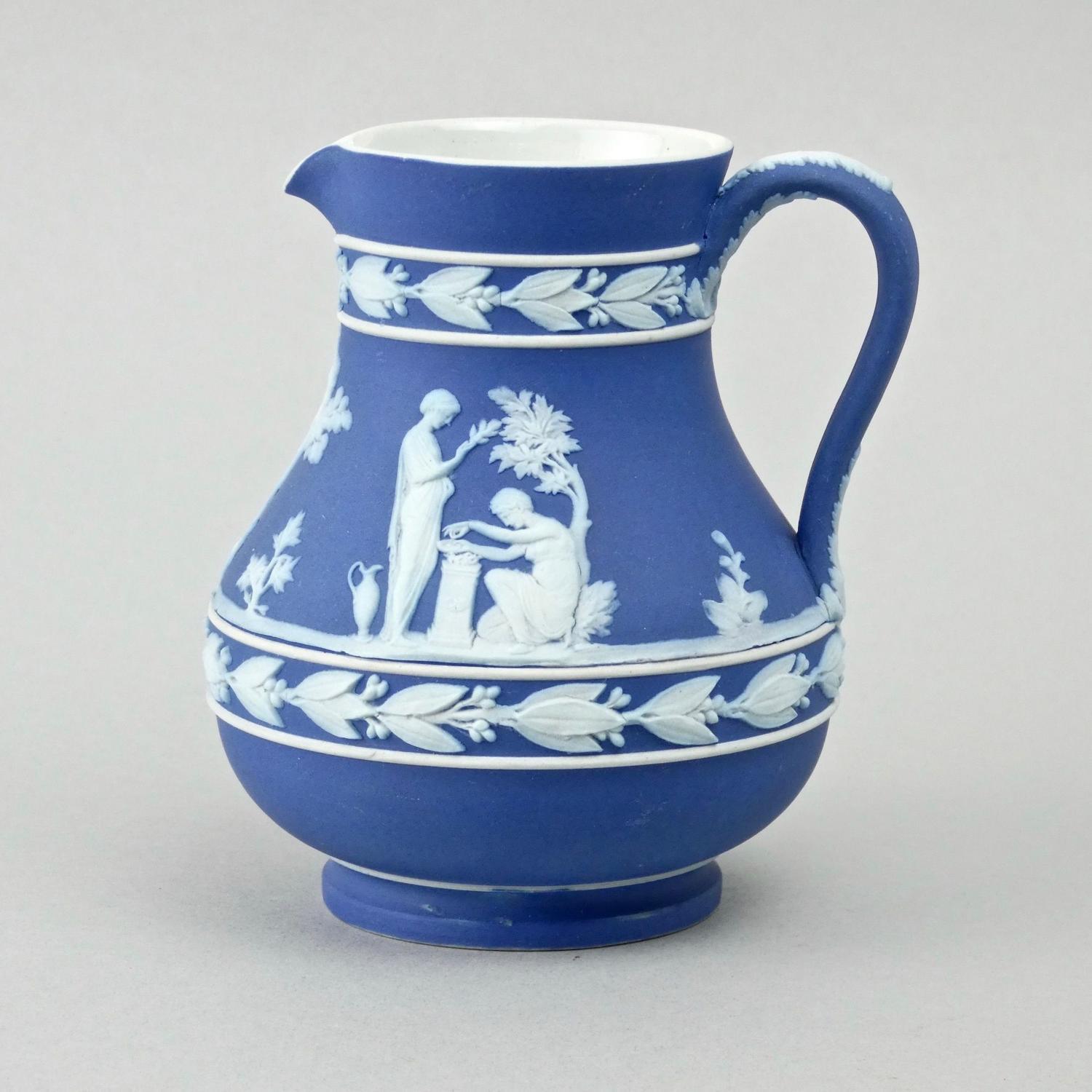 Wedgwood 'Etruscan' shaped jug