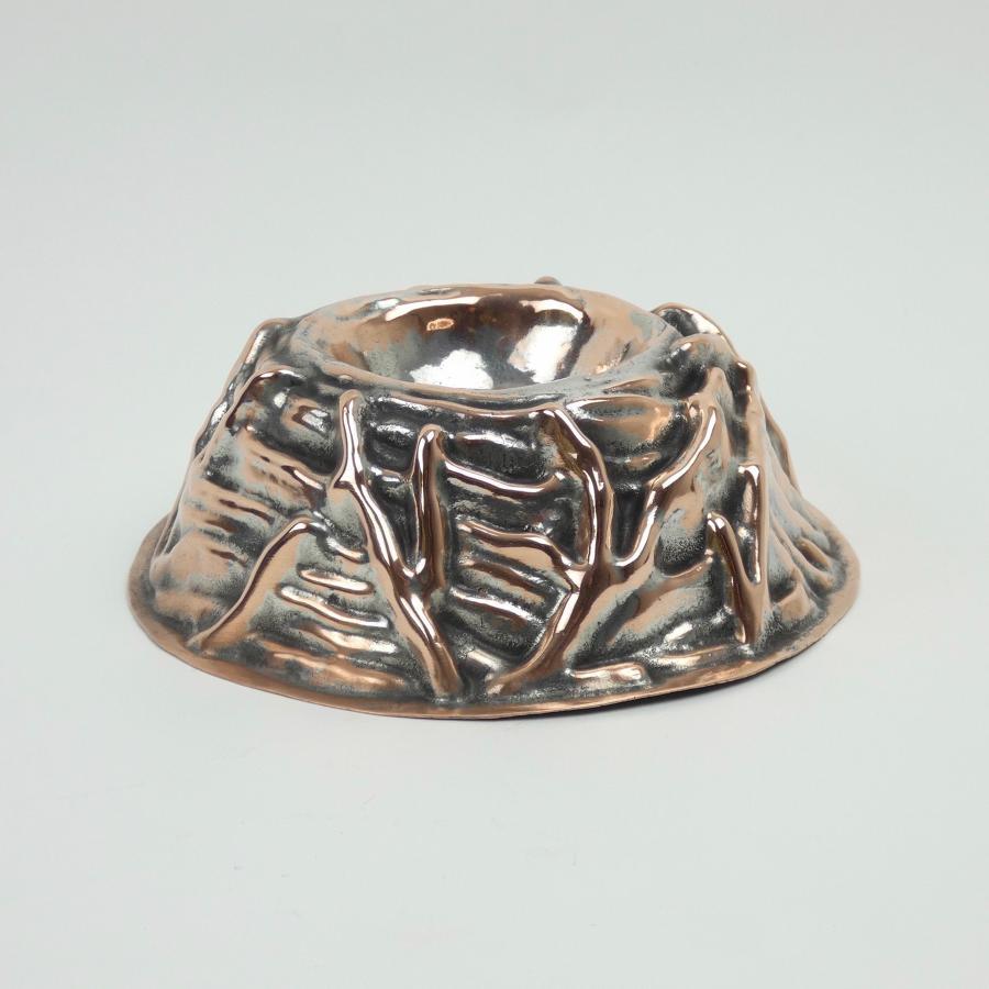 Copper bird's nest mould