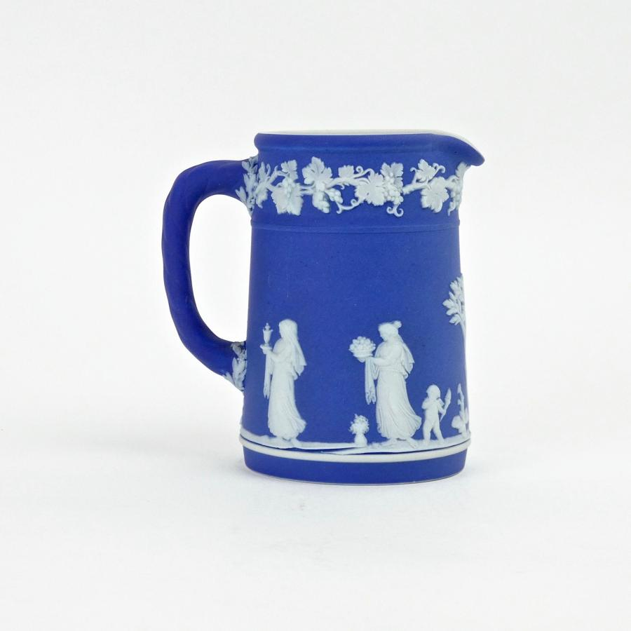Small Wedgwood cream jug