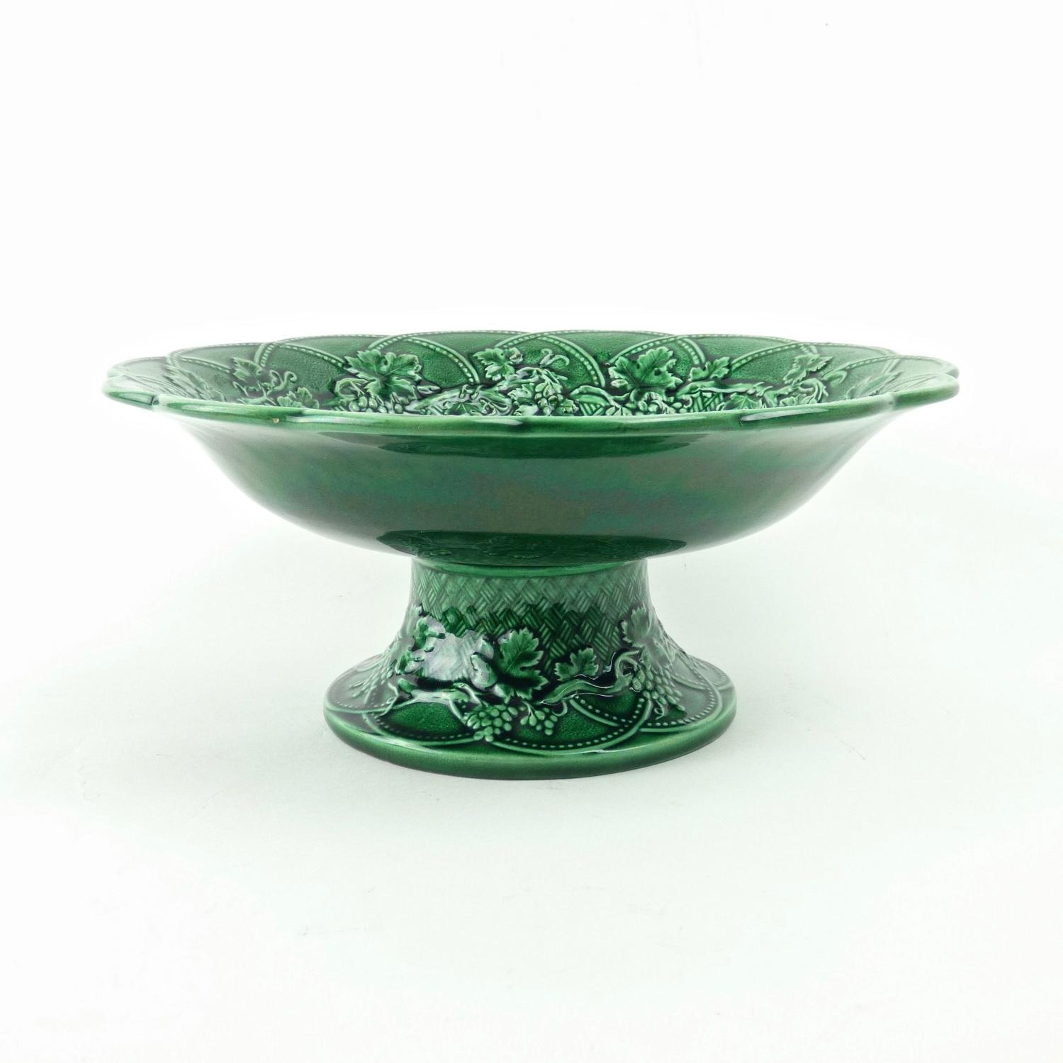 Wedgwood, green majolica comport