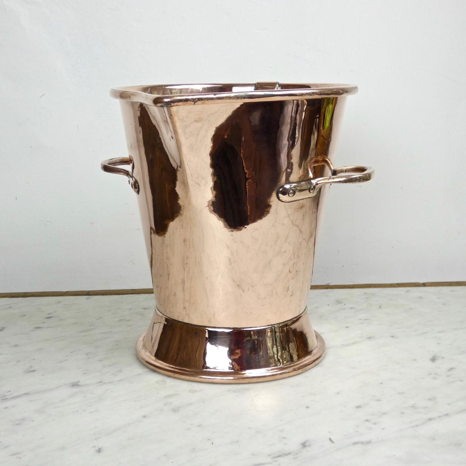 Copper bucket/measure.