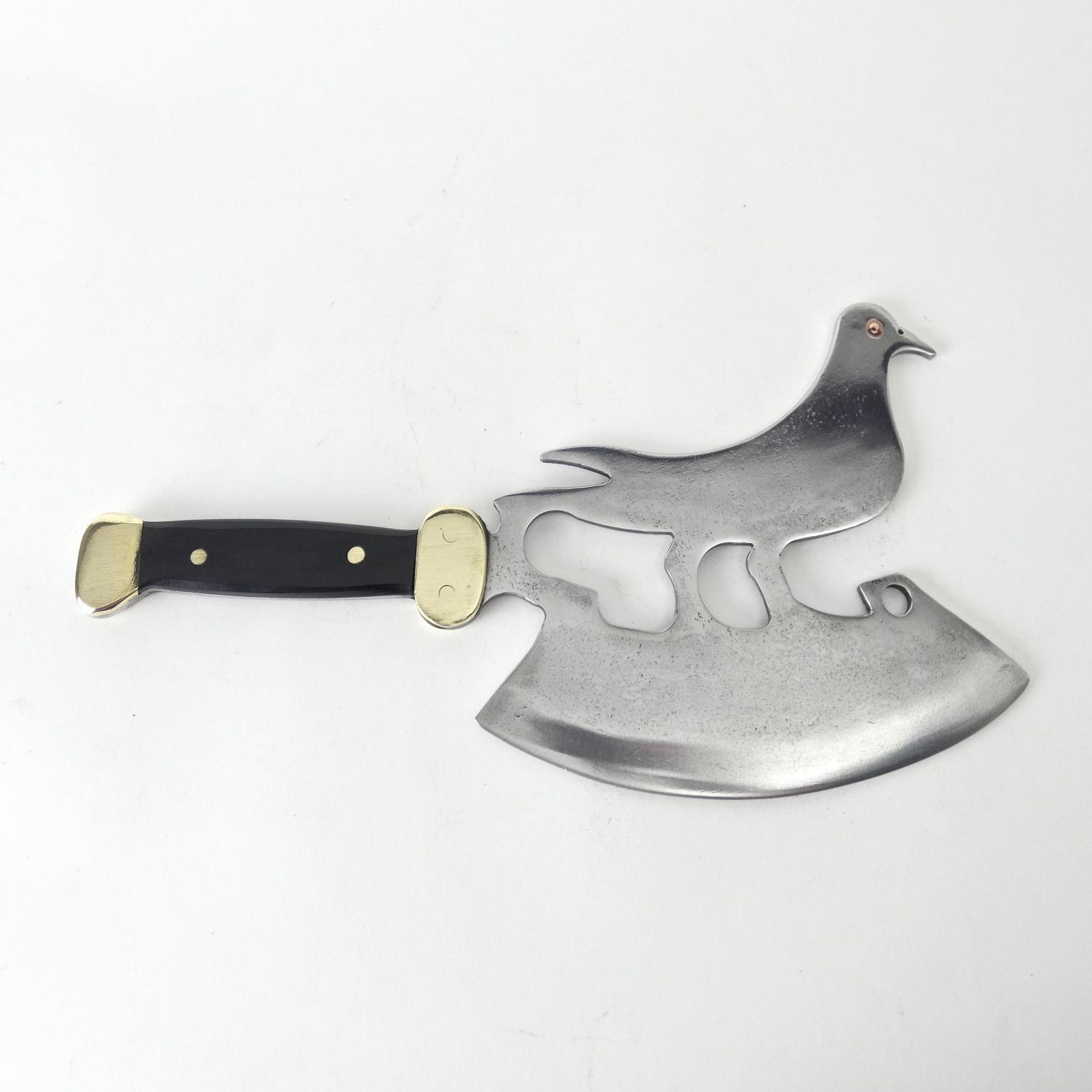 Bird shaped ice cleaver
