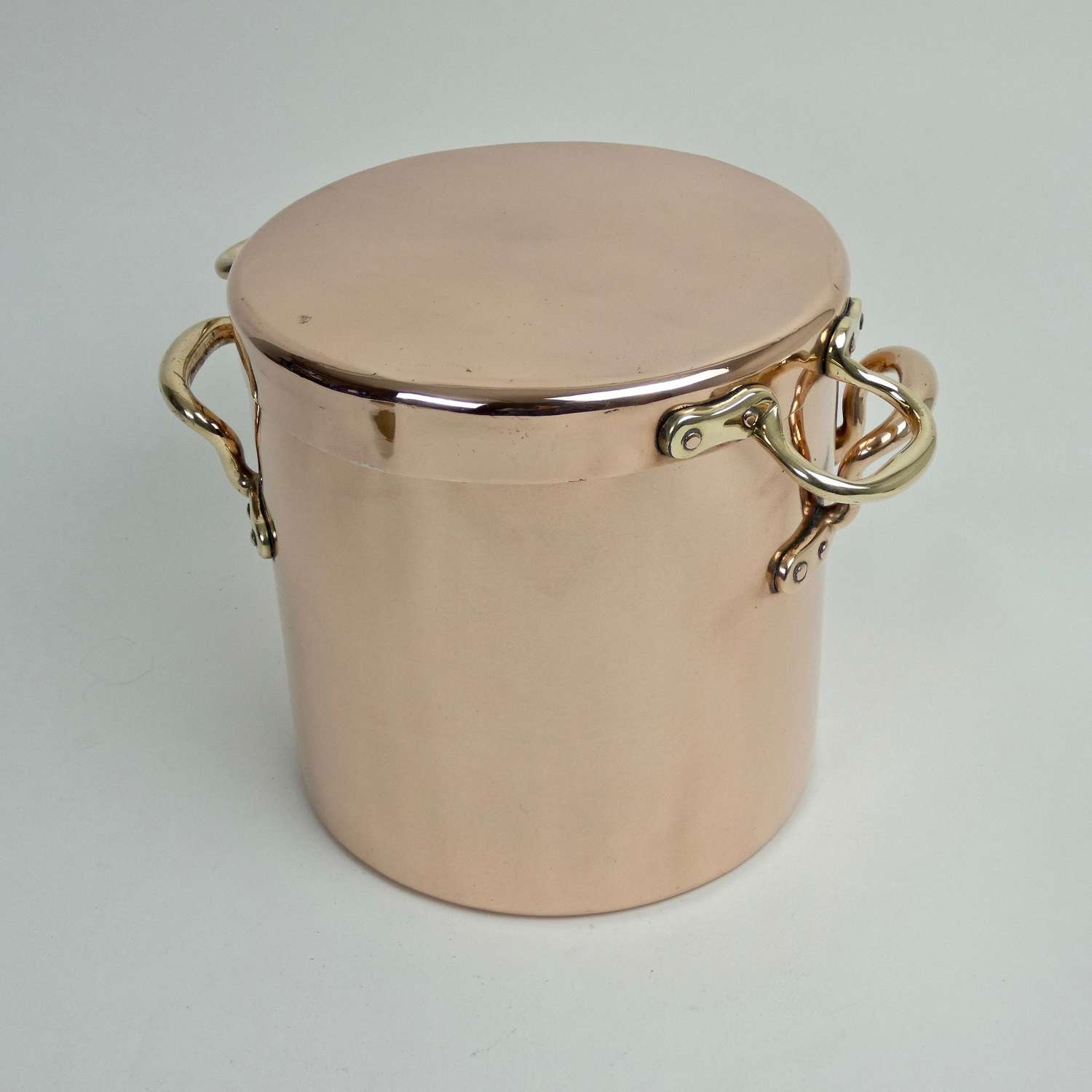 English copper stockpot with sauté lid