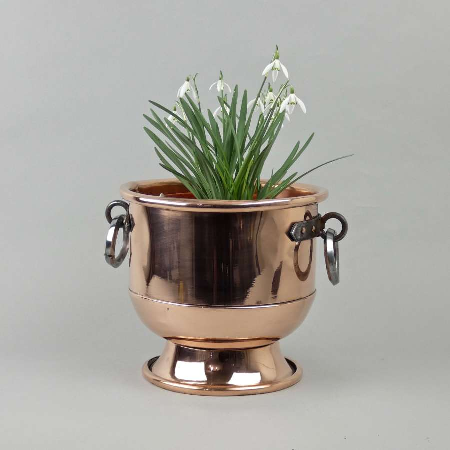 Copper ice bucket or jardiniere