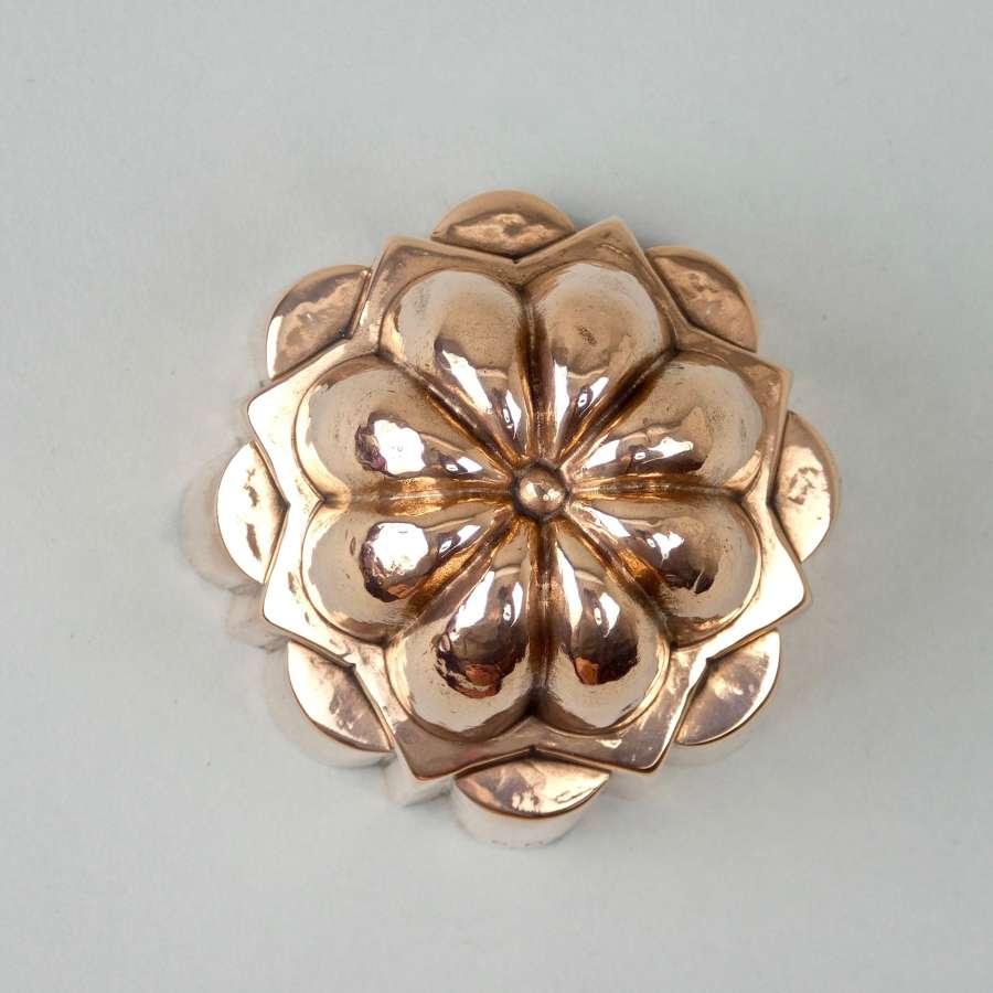 Fancy, small copper mould