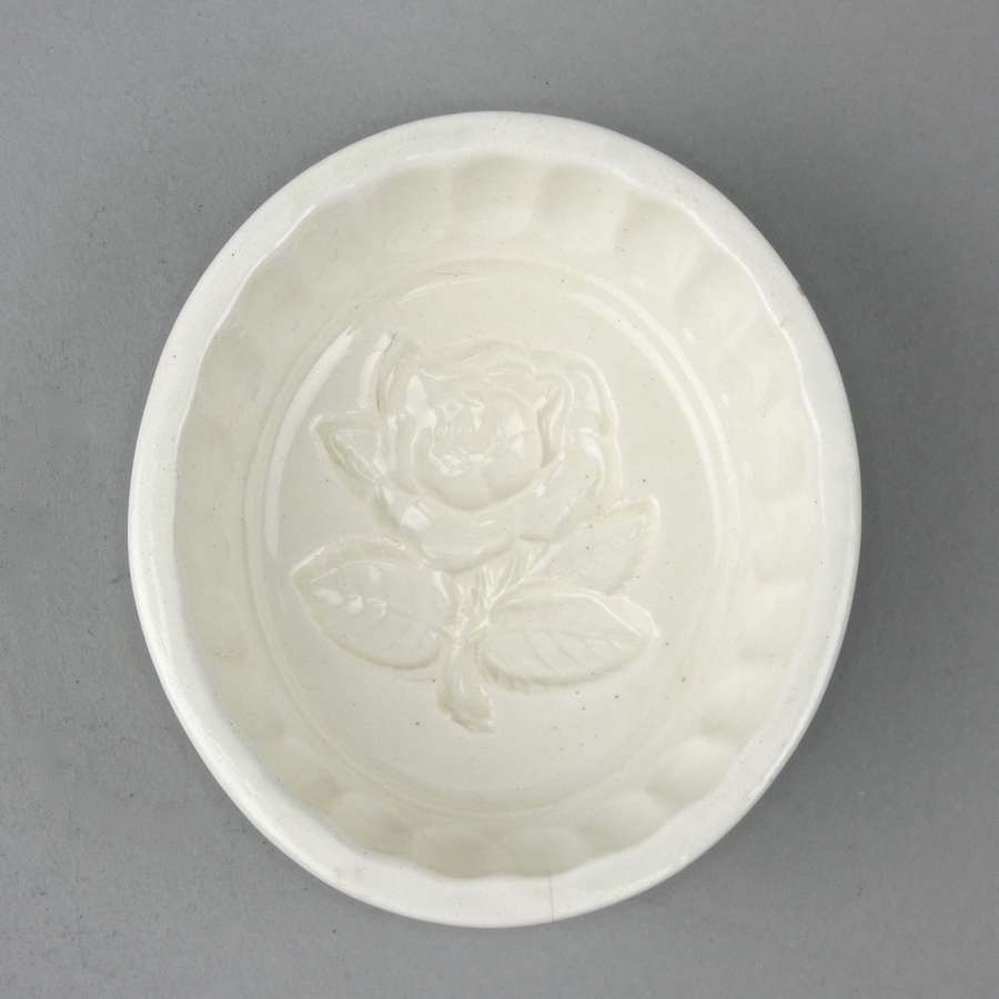 Wedgwood mould with rose to base