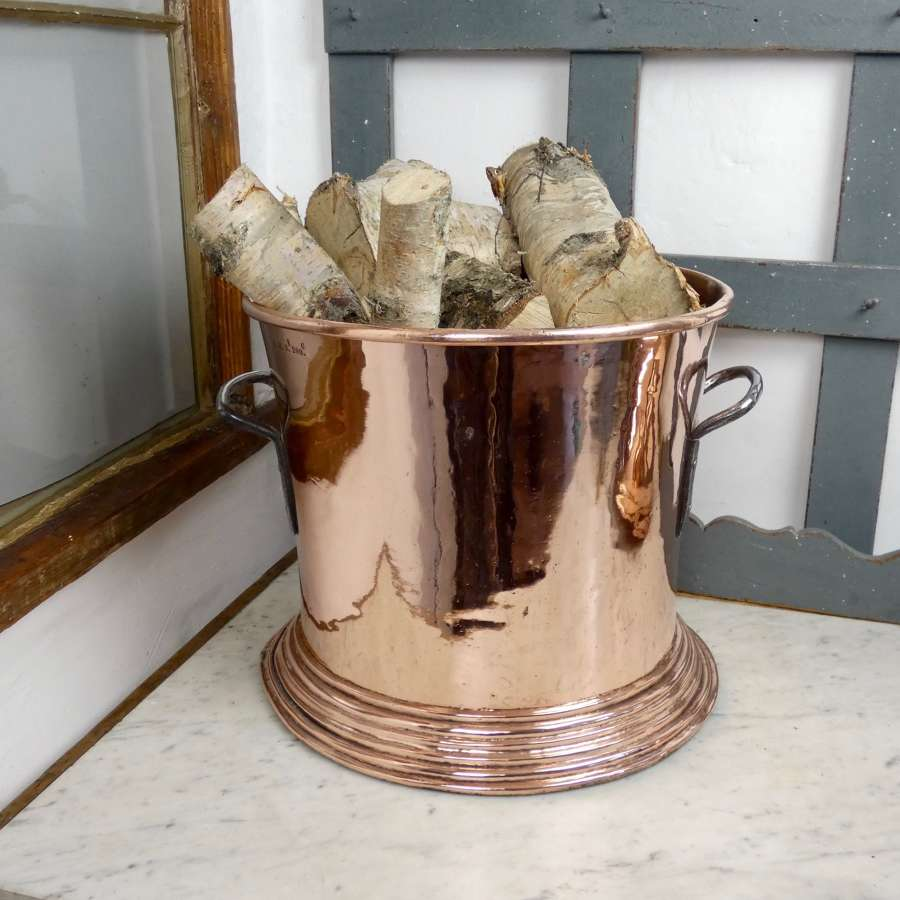 Huge, French copper measure