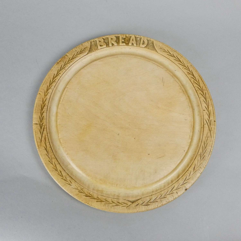 Chip carved breadboard