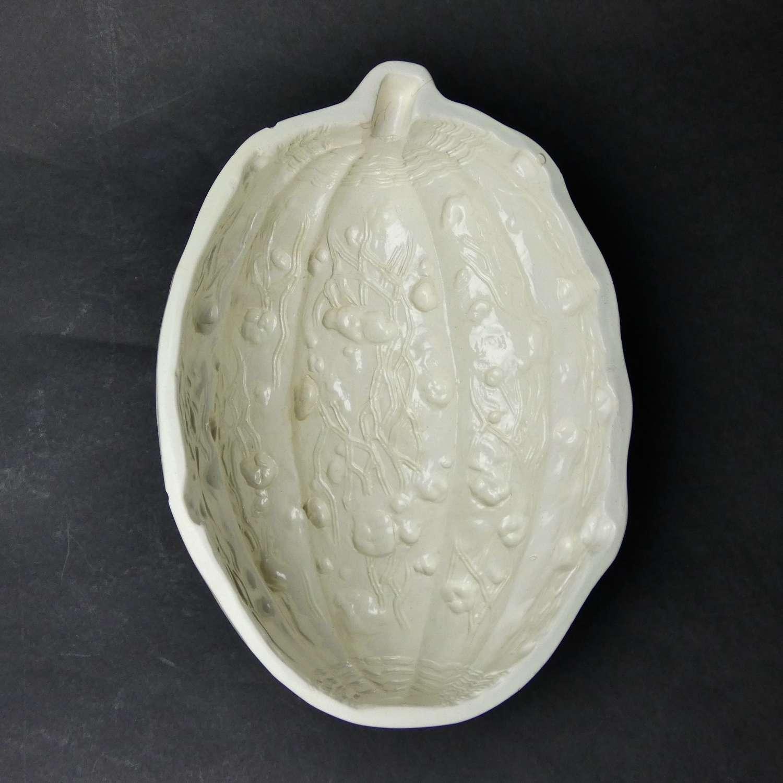 Wedgwood creamware nut mould