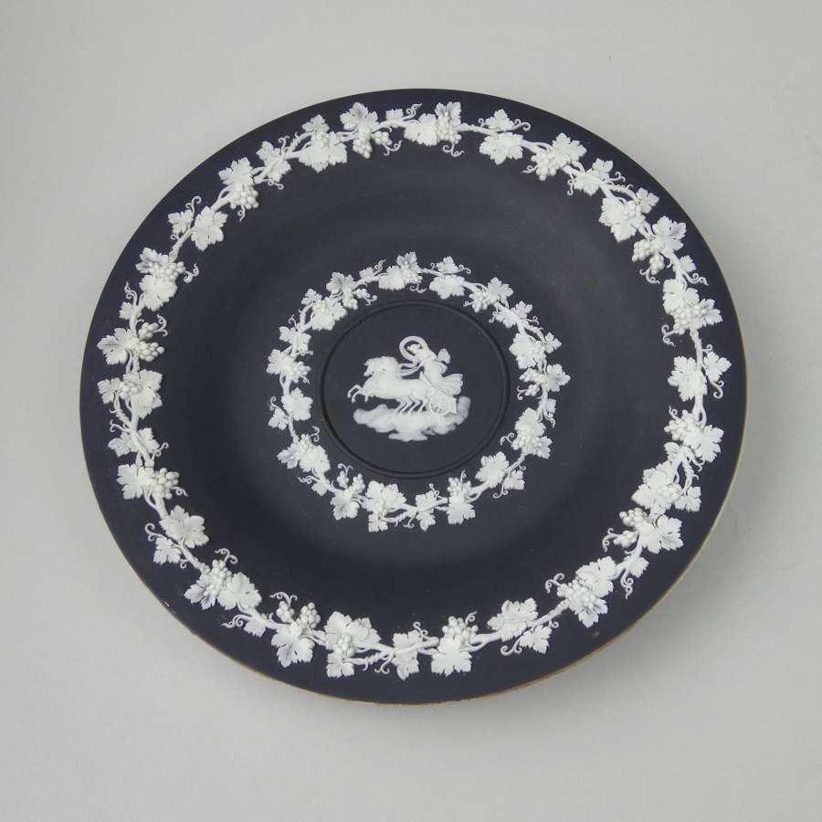 Black and white cabinet plate