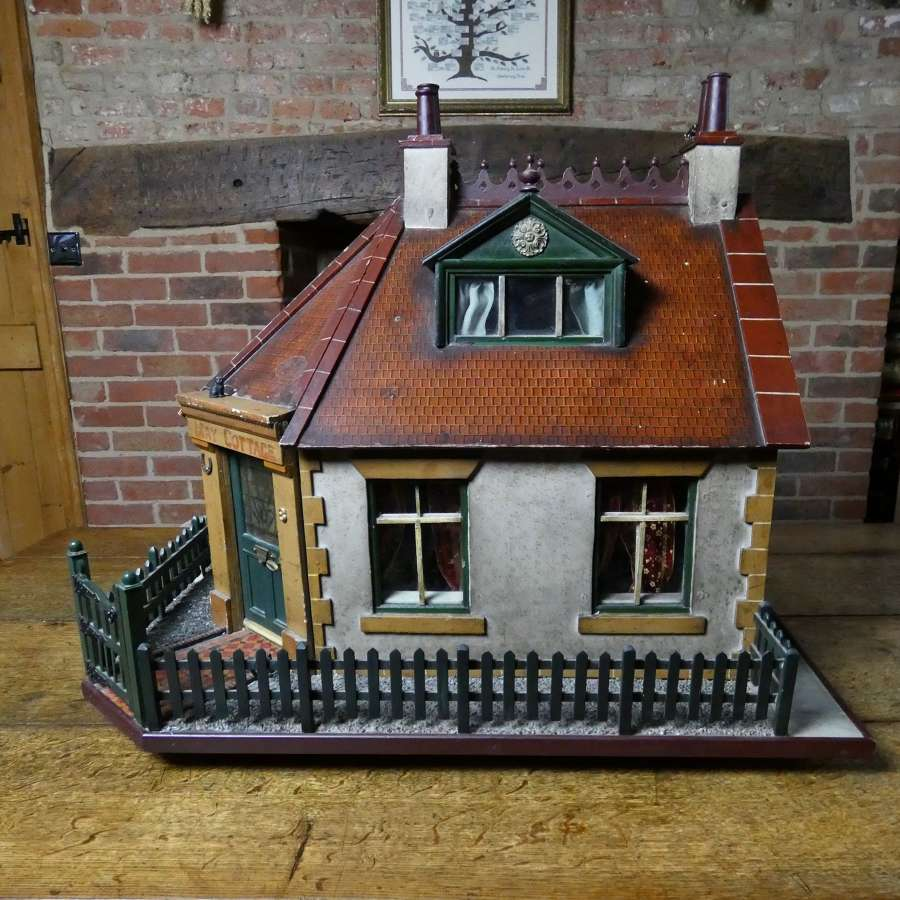 Fabulous 1930's doll's house