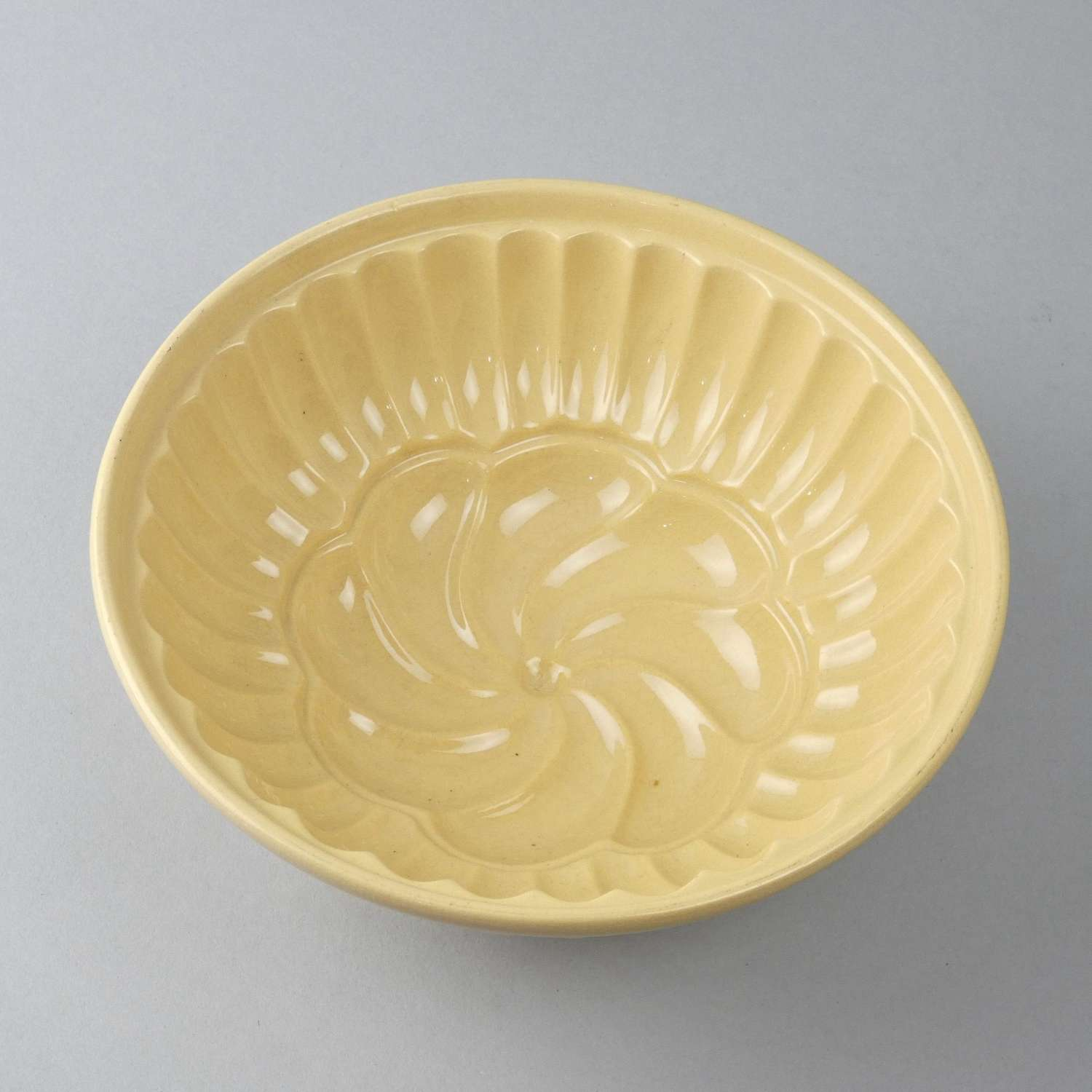 Yellow ware mould