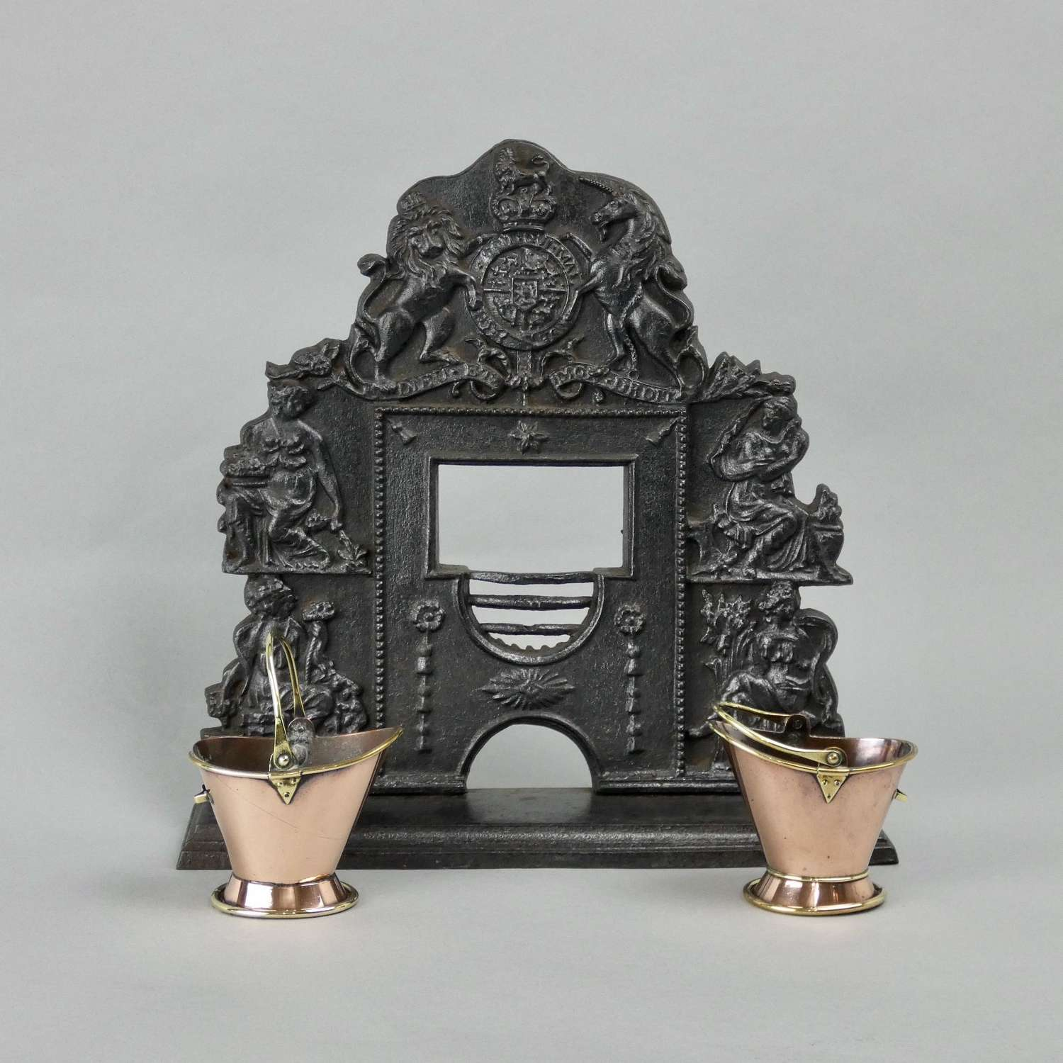 Miniature cast iron grate with Royal Coat of Arms