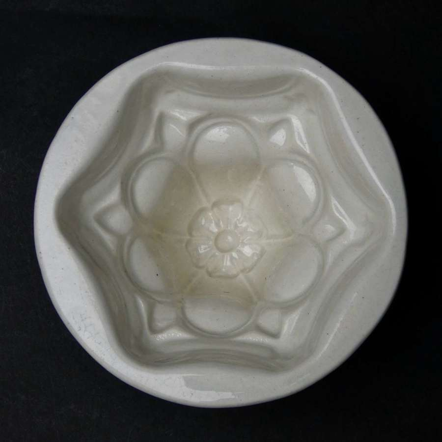 Small, Minton flower mould