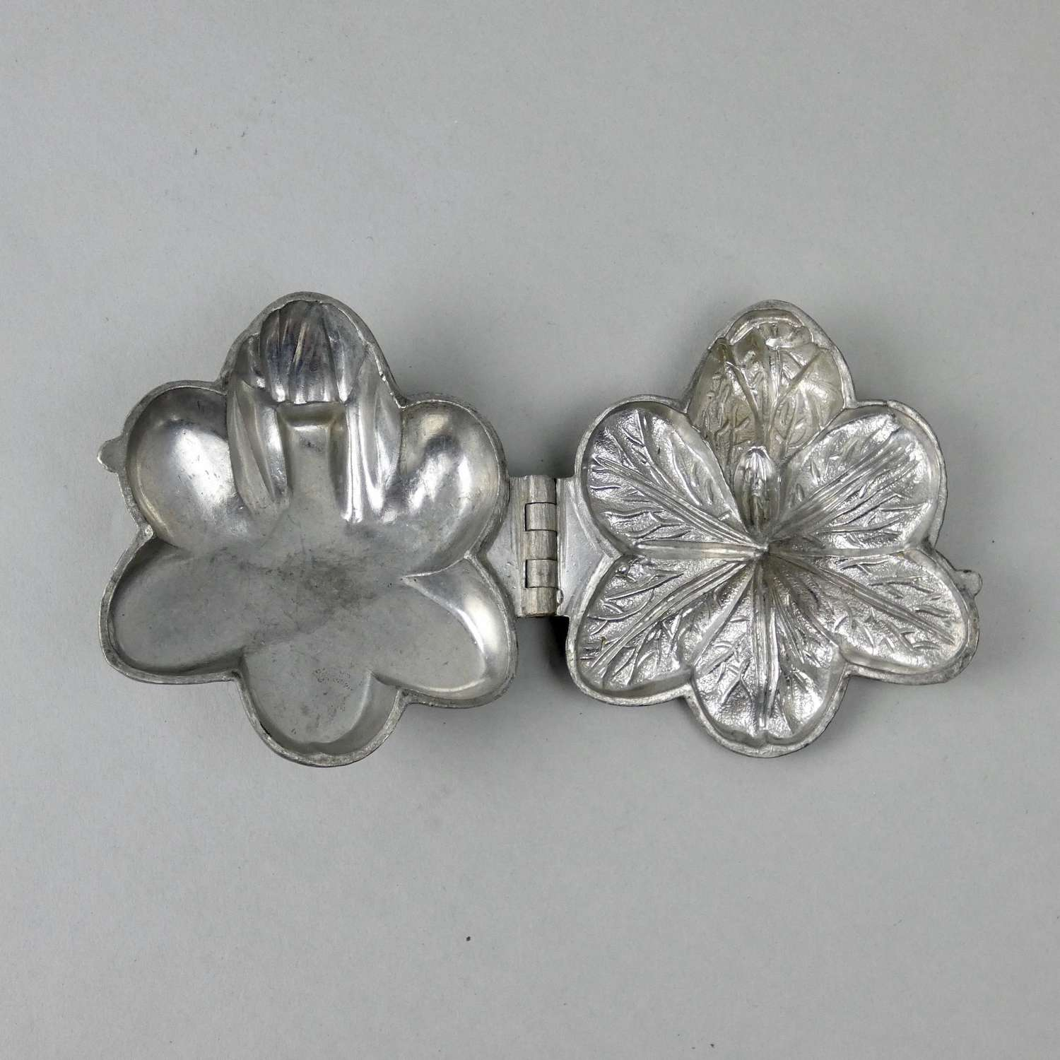 Pewter, flower, ice cream mould