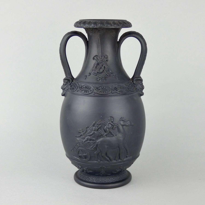 18th century, Wedgwood basalt vase