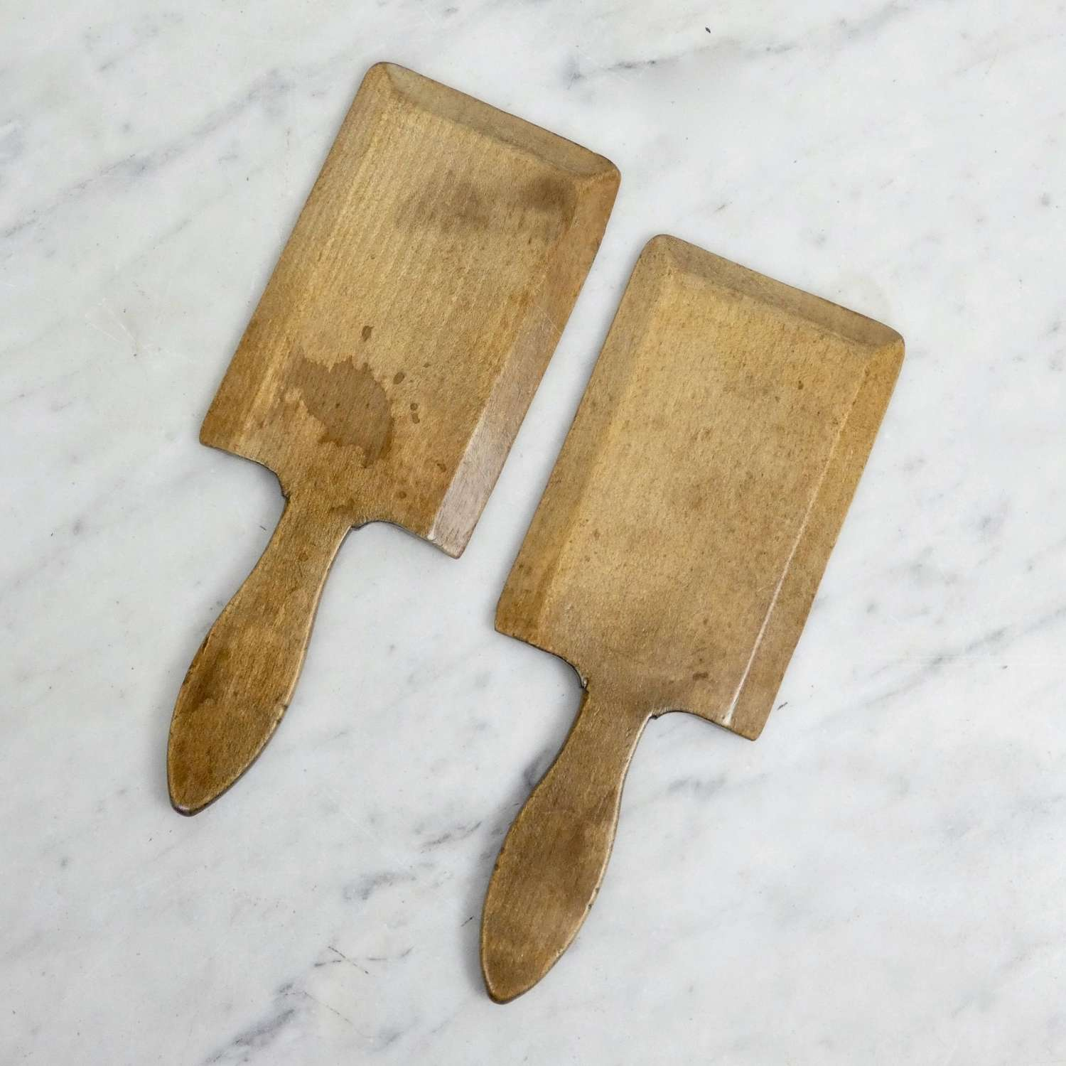 Sycamore butter pats