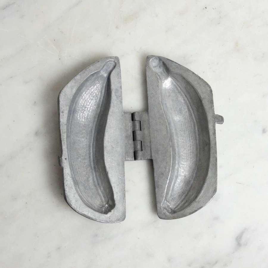 Banana shaped ice cream mould