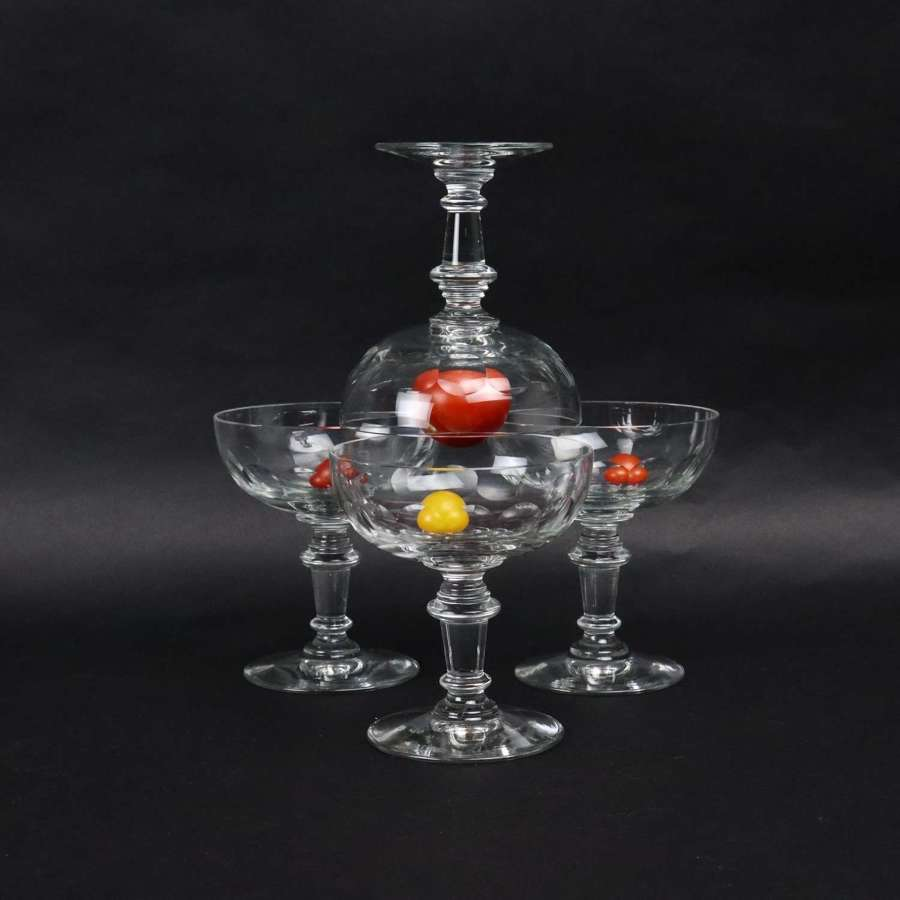 4 French crystal champagne coupes